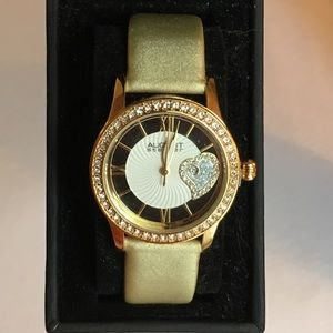 🍃🌸 NWT Gold August Steiner Ladies Watch 🍃🌸